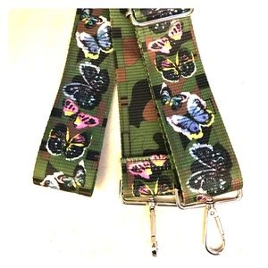 Crossbody Butterfly/Camo adjustable guitar strap